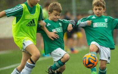 Partidos de fútbol en campos reducidos, muy importantes para el desarrollo de los niños