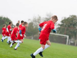 Consejos para mejorar la condición física en los jóvenes futbolistas