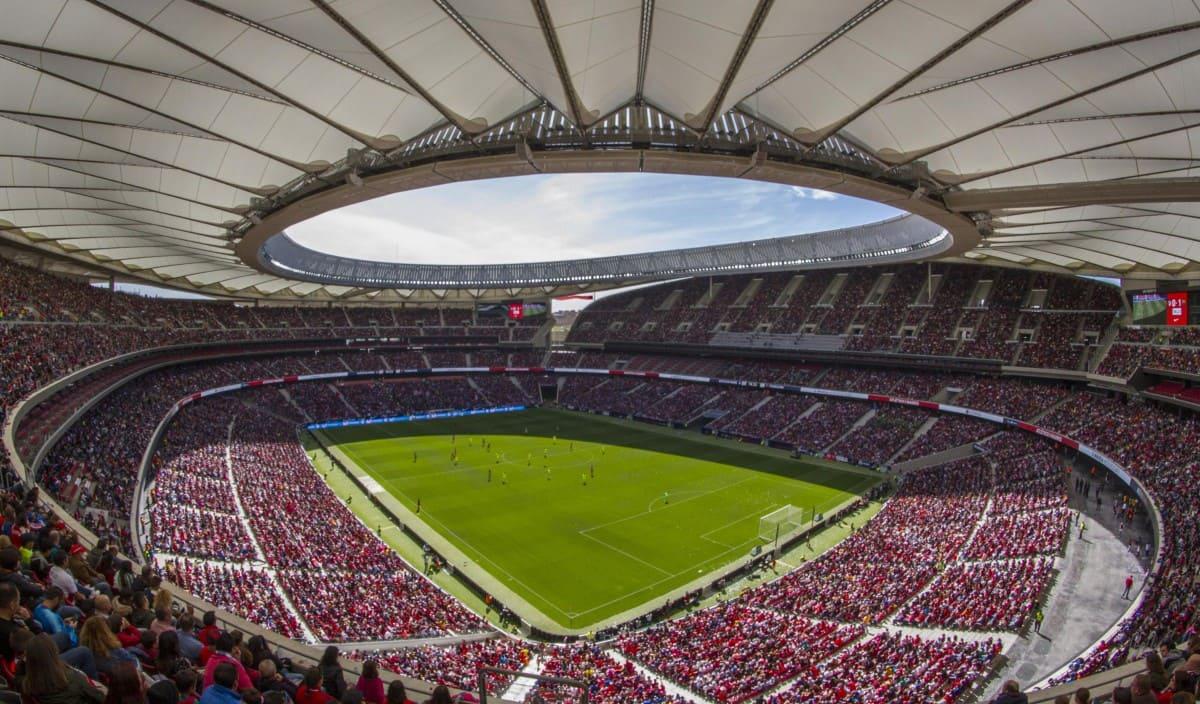 Fútbol en España: Historia